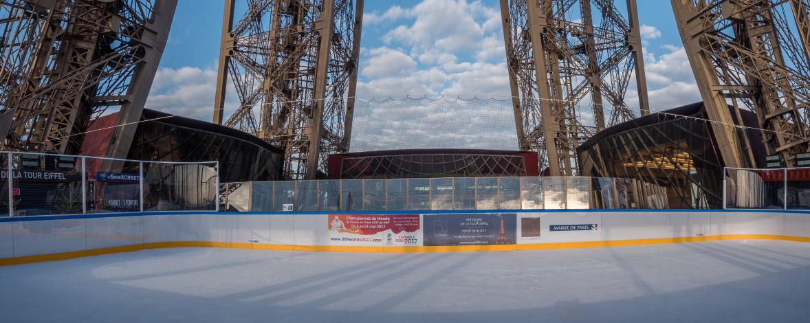 panorama patinoire 1er étage de la Tour Eiffel