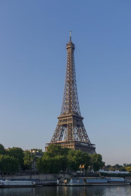 vue de la tour Eiffel du Port Debilly